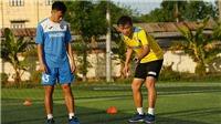 B.Bình Dương kỳ vọng vào HLV Phan Thanh Hùng