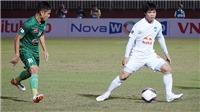 HLV Kiatisuk bại trận bởi HLV Park Hang Seo