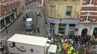 Anh sơ tán người dân tại khu vực Nhà hát Hoàng gia London