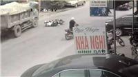 Vụ lái xe bẻ lái xuất thần cứu 2 nữ sinh, ai đền 250 triệu, trách nhiệm các bên thế nào?