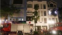 Cháy lớn cửa hàng thời trang Moschino trên đường Hai Bà Trưng