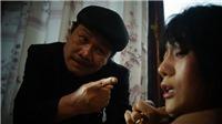 'Quỳnh búp bê' tập 2: Quỳnh cắn khách rồi bị đánh 'thừa sống thiếu chết'