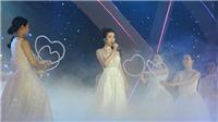 VIDEO Hoa hậu Đỗ Mỹ Linh hát 'Cảm ơn tình yêu' ngọt lịm 'đốn tim' khán giả Đà Nẵng
