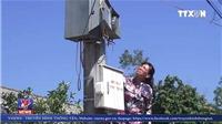 VIDEO: Đăng status phản ánh tiền điện tăng, ngay sau đó bị cắt điện vô lý