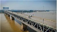Đầu tư cân tự động kiểm soát xe quá tải qua cầu Thăng Long