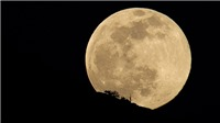 Ngắm siêu trăng cuối cùng của năm 2020 tại Việt Nam