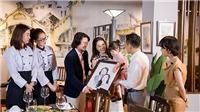 Đỗ Mỹ Linh và Phương Nga khiến 'bà trùm hoa hậu'Phạm Kim Dung bật khóc