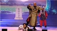 Trao huy chương cho các tài năng diễn viên sân khấu cải lương Trần Hữu Trang
