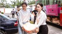 Tiểu Vy, Phương Nga, Thúy An cùng thí sinh Hoa hậu Việt Nam 2020 từ thiện tại Vũng Tàu