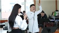 Tùng Dương miệt mài tập nhạc bên Ngọt, Hà Trần và Bùi Lan Hương