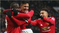 Alexis Sanchez ra mắt Old Trafford: Ăn thẻ, đá hỏng 11m, và kỷ lục về số lần bị phạm lỗi
