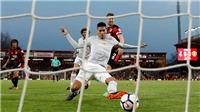Fan M.U phát cuồng khi Smalling ghi bàn nhiều hơn cả Morata