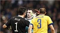 Người Ý bức xúc, chửi rủa trọng tài Anh vì cho Real hưởng penalty ở phút bù giờ