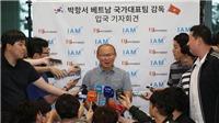 Truyền thông Hàn Quốc nói gì về hợp đồng của HLV Park Hang Seo?