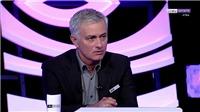 Mourinho chê cầu thủ Real Madrid yếu đuối ở trận thua Barcelona