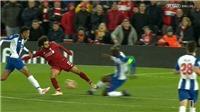 Mohamed Salah đáng phải nhận thẻ đỏ sau pha vào bóng ghê rợn với cầu thủ Porto