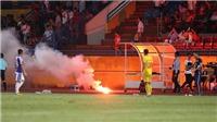 Bóng đá hôm nay 12/9: Báo nước ngoài choáng về vụ pháo sáng ở Hàng Đẫy. Pogba không thể sang PSG vì Neymar