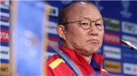 VIDEO: Không muốn mang tiếng, HLV Park Hang Seo dẫn dắt cả đội tuyển và U22 Việt Nam