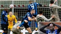Lukaku lại tấu hài, cản phá cơ hội ghi bàn của Sanchez khiến Inter bị loại