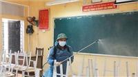 Dịch COVID-19: Hà Nội yêu cầu tổng vệ sinh, khử khuẩn trường lớp đón học sinh trở lại trường học