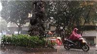 Đêm 20/6, vùng núi Bắc Bộ có mưa dông kèm lốc, sét, mưa đá và gió giật mạnh