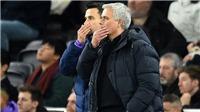 Mourinho đã chọn sai đội hình để bị Lampard đánh bại như thế nào?