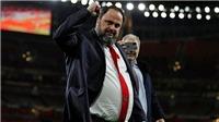 Ông chủ Olympiakos và Nottingham Forest nhiễm Covid-19