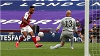 Aubameyang bị cáo buộc ăn vạ để kiếm 11m ở chung kết cúp FA
