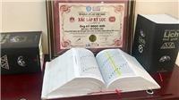 Cuốn sách lịch nặng 8k, dày 4000 trang nhận Kỷ lục Việt Nam