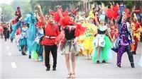 Rực rỡ Carnival đường phố Hà Nội kỷ niệm '20 năm Thành phố Vì hòa bình'