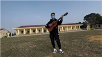 Ca sĩ Minh Vương coverMV 'We are the family' tại khu cách ly