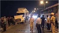 Vụ tai nạn giao thông trên cầu Thanh Trì: Khẩn trương tìm kiếm nạn nhân mất tích
