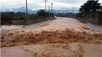 Mưa lũ tại các tỉnh Tây Nguyên đã làm 8 người chết với nhiều thiệt hại lớn