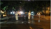 Nghệ An: Đối tượng vi phạm pháp luật bị vây bắt vẫn cố thủ trong nhà