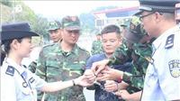 Bàn giao 4 đối tượng truy nã đặc biệt cho Công an Trung Quốc