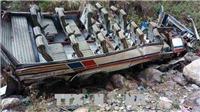 Xe khách lao xuống hẻm núi, gần 50 người Ấn Độ thiệt mạng