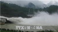 16 giờ ngày 29/7, đóng 1 cửa xả đáy hồ Hòa Bình
