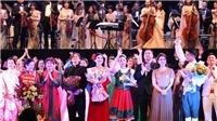 'Dạ tiệc âm nhạc' - 'Around the world': Mãn nhãn và thỏa lòng người yêu nhạc
