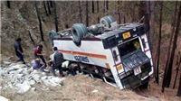 Xe buýt chở học sinh gặp nạn, ít nhất 17 học sinh thiệt mạng