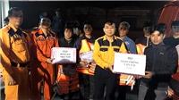 Đưa tàu cá cùng 8 thuyền viên gặp nạn trên biển vào cảng Cửa Lò an toàn