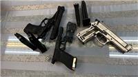 Bắt giữ hành khách mang theo 3 khẩu súng cùng đạn từ Pháp về Việt Nam