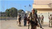 Libya ra lệnh bắt giữ hàng chục phiến quân nghi tấn công căn cứ dầu mỏ và quân sự