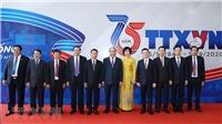 Chùm ảnh: Thủ tướng Nguyễn Xuân Phúc dự kỷ niệm 75 năm Ngày thành lập Thông tấn xã Việt Nam