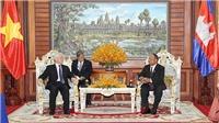 Tổng Bí thư, Chủ tịch nước Nguyễn Phú Trọng hội kiến Chủ tịch Thượng viện Say Chhum và Chủ tịch Quốc hội Heng Samrin