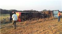 Tai nạn giao thông thảm khốc ở Nam Phi, 11 người chết, 40 người bị thương