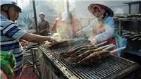 VIDEO: Cá lóc nướng đắt hàng ngày vía Thần Tài
