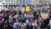 Tuần hành lớn trên khắp nước Mỹ yêu cầu thắt chặt kiểm soát súng đạn