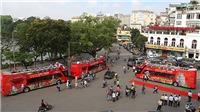 VIDEO: Trải nghiệm đầu tiên trên xe buýt 2 tầng, mui trần tại Hà Nội