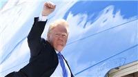 VIDEO: Hình ảnh Tổng thống Trump lên máy bay đến Singapore
