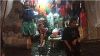 Chùm ảnh: Đường phố Hà Nội chìm ngập trong cơn mưa lớn